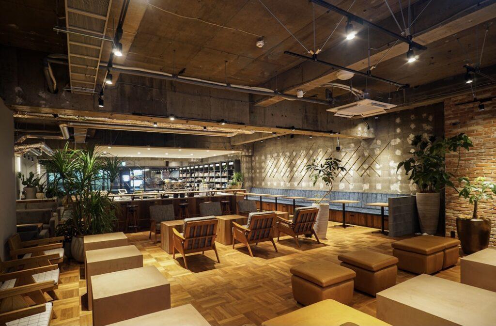 poool カフェスペース